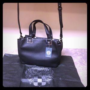 Vince Camuto Bitty Black